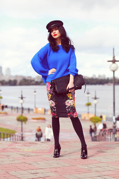 pull&bear sweater - Gucci heels - asos skirt