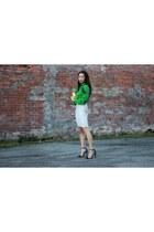 white campagne wilfred skirt - yellow lucite Zara bag