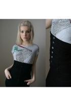 Zara t-shirt - Message skirt