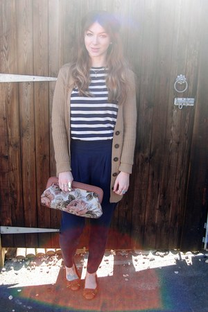navy vintage sweater - bronze tapestry Matalan bag - navy tapered Topshop pants