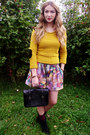 Mustard-elbow-patches-missguided-sweater-vintage-shorts