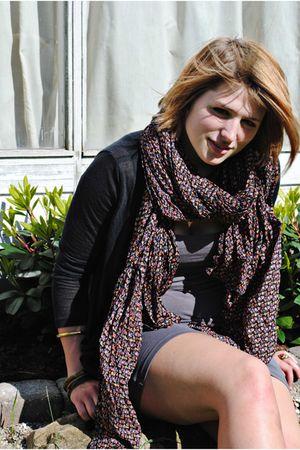 gray sams sams top - pink becksndergaard scarf - black Vero Moda cardigan