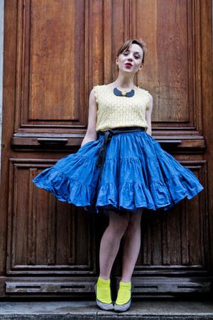 vintage skirt - Primark socks - Charles Jourdan heels
