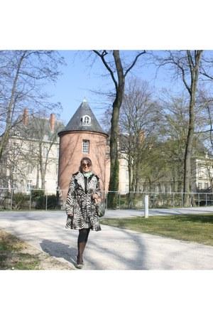 LANVIN by H&M coat - Calzedonia tights - Kenzo scarf - a snale braccialini purse