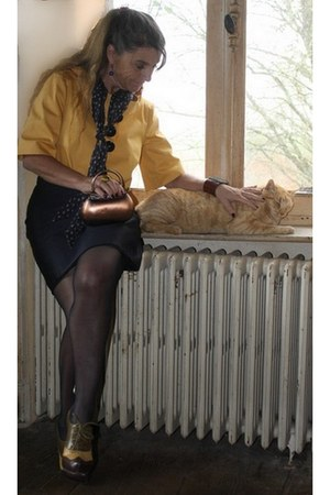 navy silk dress PETROVITCH & ROBINSON dress - gold Rinascimento blazer - navy Ch