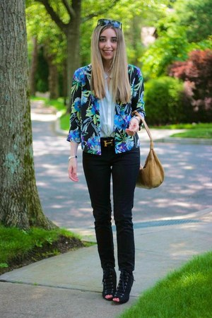 ivory silk Zara blouse - black J Brand jeans