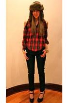 navy skinny jeans Forever 21 jeans - black platforms Guess pumps