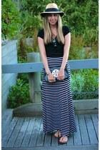 black striped maxi BCBG skirt - black clutch tory burch bag