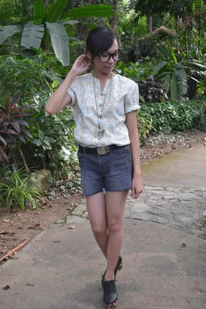 bubble gum froral print blouse - heather gray diy shorts