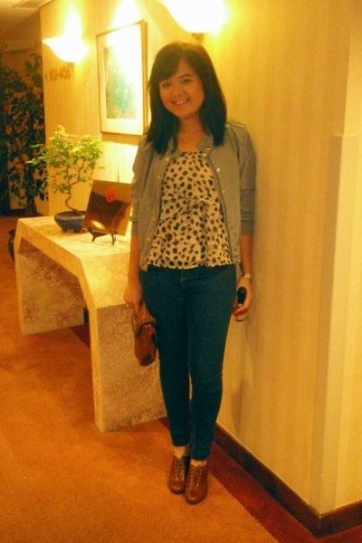 H&M jacket - H&M top - Topshop jeans