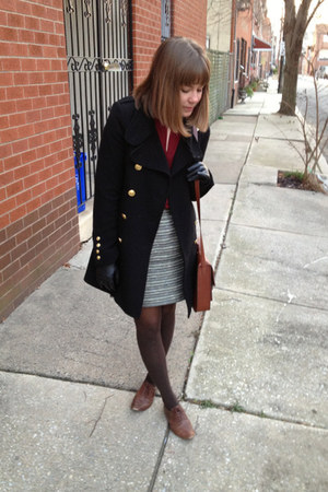 dark brown xhiliration shoes - black Forever 21 coat - brown xhiliration tights