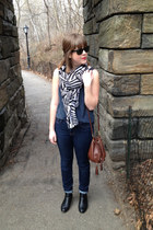 black H&M boots - navy BDG jeans - dark gray Deena & Ozzy scarf - brown H&M bag