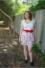 Tan-straw-boater-bodyline-hat-white-lace-target-t-shirt-red-bow-vintage-belt