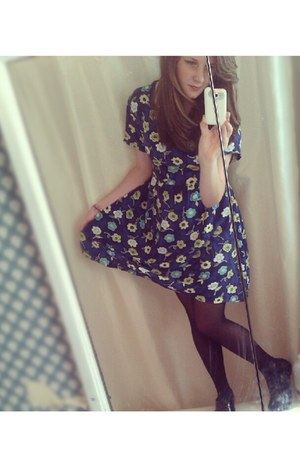 black tights - navy dress - black flats