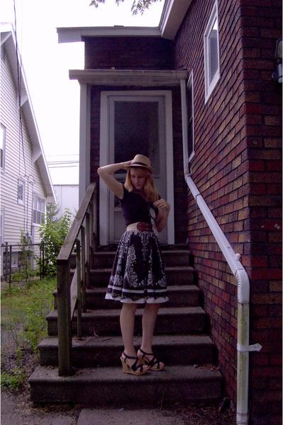 black shirt - brown skirt - black Guess shoes