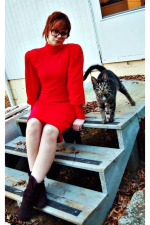 red 80s Vintage dress