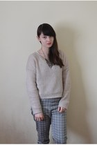 heather gray Uniqlo pants - off white H&M sweater