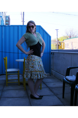 mustard thrifted skirt - dark gray top - thrifted cardigan - forest green thrift