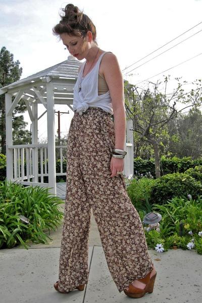 brown SPIRITANIMALS pants - white American Apparel t-shirt - bronze Bakers wedge