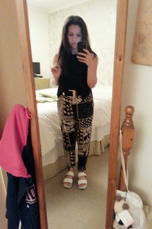 Primark shoes - new look sweater - H&M belt - River Island pants