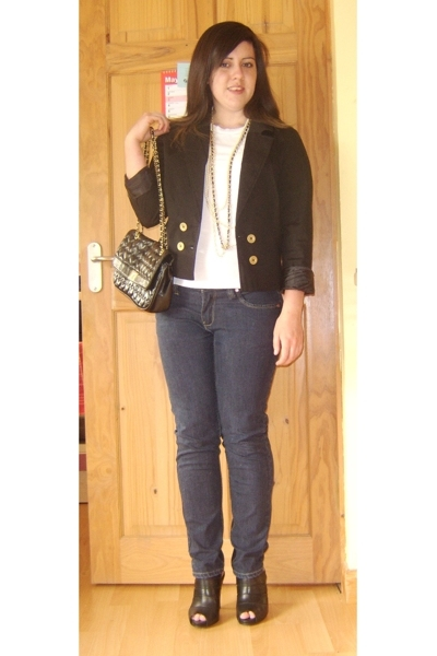 H&M blazer - Topshop t-shirt - new look necklace - new look jeans - Debenhams sh