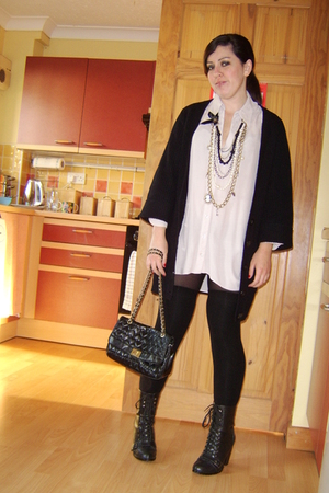 Miss Selfridge shirt - Miss Selfridge necklace - Primark sweater - Peacocks purs