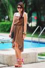 Dress-vintage-bag-floral-heels