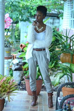 beige c&a pants