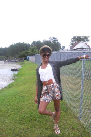 Forever 21 cardigan - Forever 21 hat - blouse - gold Body Central belt - shoes -