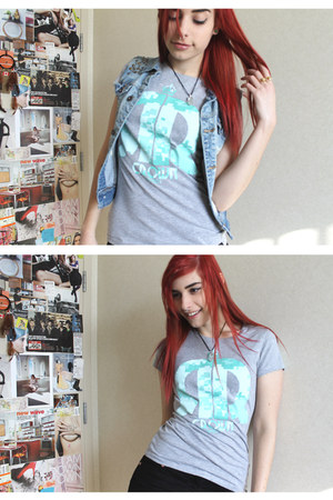 RedCrown Clothing t-shirt - H&M ring - corduroy H&M pants - jean DIY vest - ring
