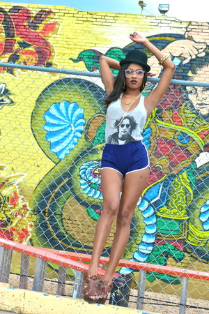 thrifted shorts - john lennon Forever 21 shirt - sandals Steve Madden sandals