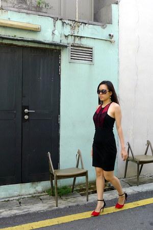 red Love Bonito dress - black Infinite Pixie heels