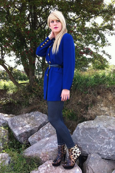 blue thrifted blazer - Love Label leggings - Runway Next boots