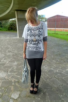 white Topshop t-shirt - heather gray H&M dress - heather gray Peacocks - black n