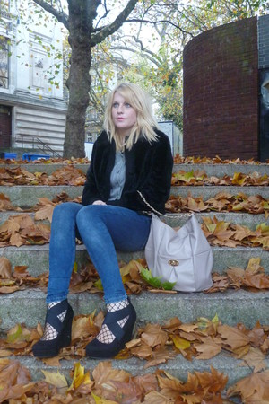 black thrifted coat - blue Topshop jeans - black new look shoes - black thrifted
