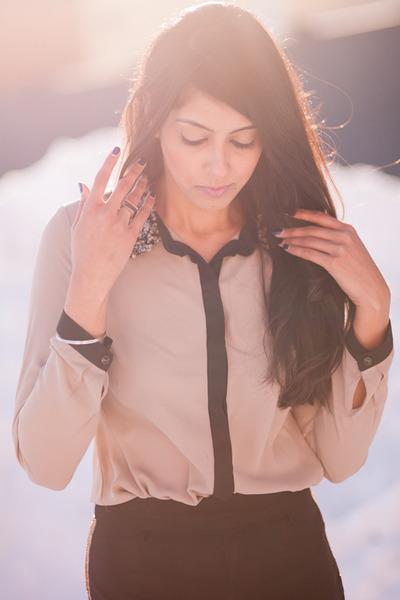 tan Forever21 blouse - black Forever21 shorts