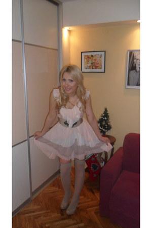 light pink H&M dress - beige non branded belt - beige no brand socks - Bamboo he