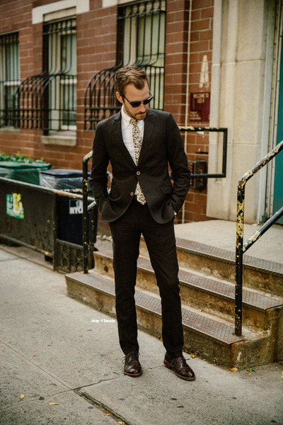Paisley-gray-suit