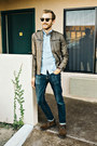 Cooper-robert-wayne-boots-american-eagle-jeans-oxford-bonobos-shirt