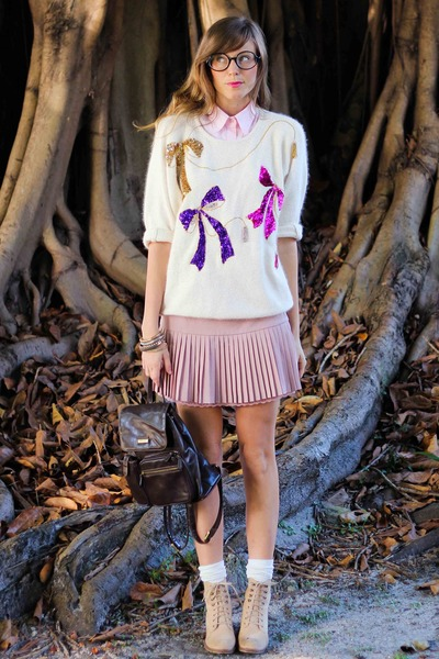 light pink Tea and Tulips sweater - bubble gum Tea and Tulips skirt