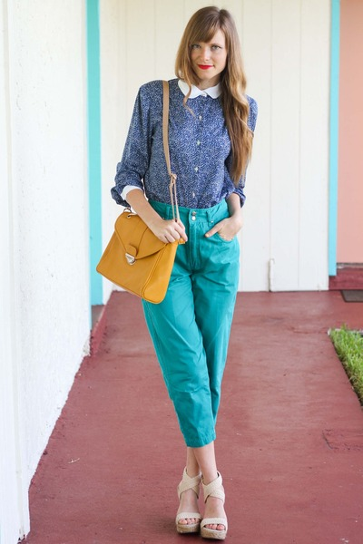 gold Sway Chic bag - blue Tea and Tulips blouse
