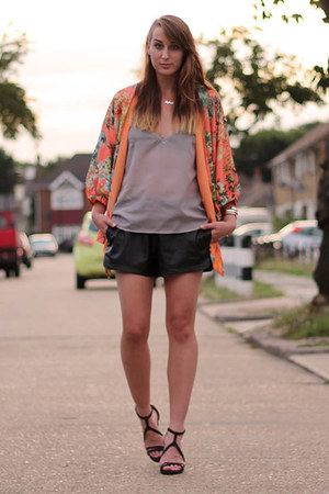salmon kimono PERSUNMALL jacket - black strappy heels Zara shoes