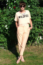 nude cropped Wildfox top - tan studded Nelly shoes