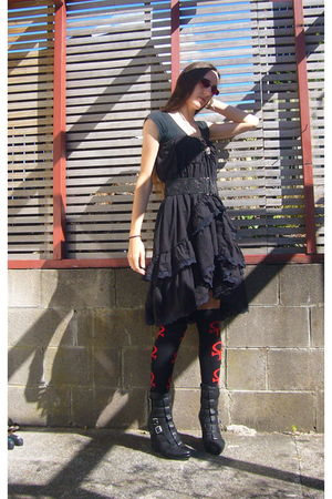 black shanton skirt - black Jeffrey Campbell boots - black socks socks - black s