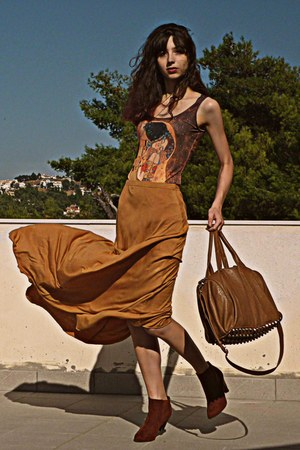 mustard maxi Pop Couture skirt - burnt orange boots