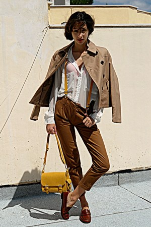 mustard lulus bag - tan Stradivarius jacket - brown pants - burnt orange loafers