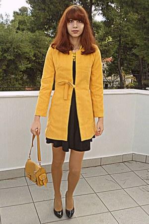 mustard romwe coat - black dress - mustard tights - yellow romwe necklace