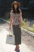 coral floral blouse - camel H&M hat - ivory ted baker bag - coral wedges
