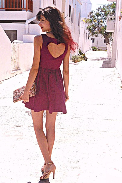 maroon heart Hex Effex dress - neutral floral Accessorize bag