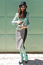 Black-heels-aquamarine-tights-aquamarine-bag-aquamarine-sunglasses